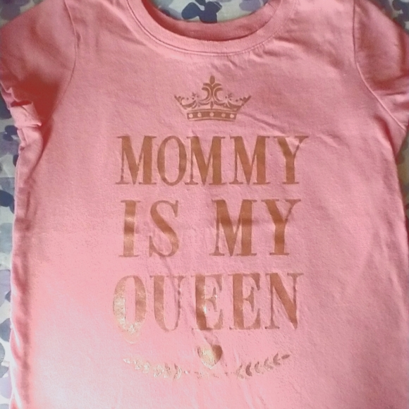 Children's Place Mommy is My Queen T-shirt